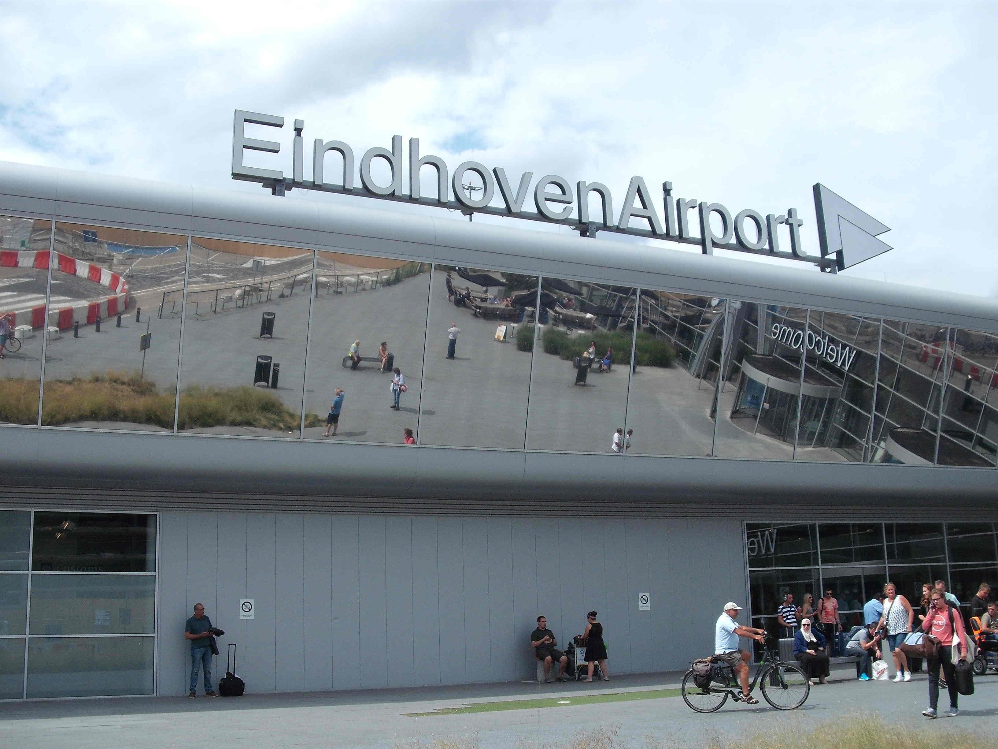 SP stelt Statenvragen over opvatting VNO-NCW voorman over Eindhoven Airport