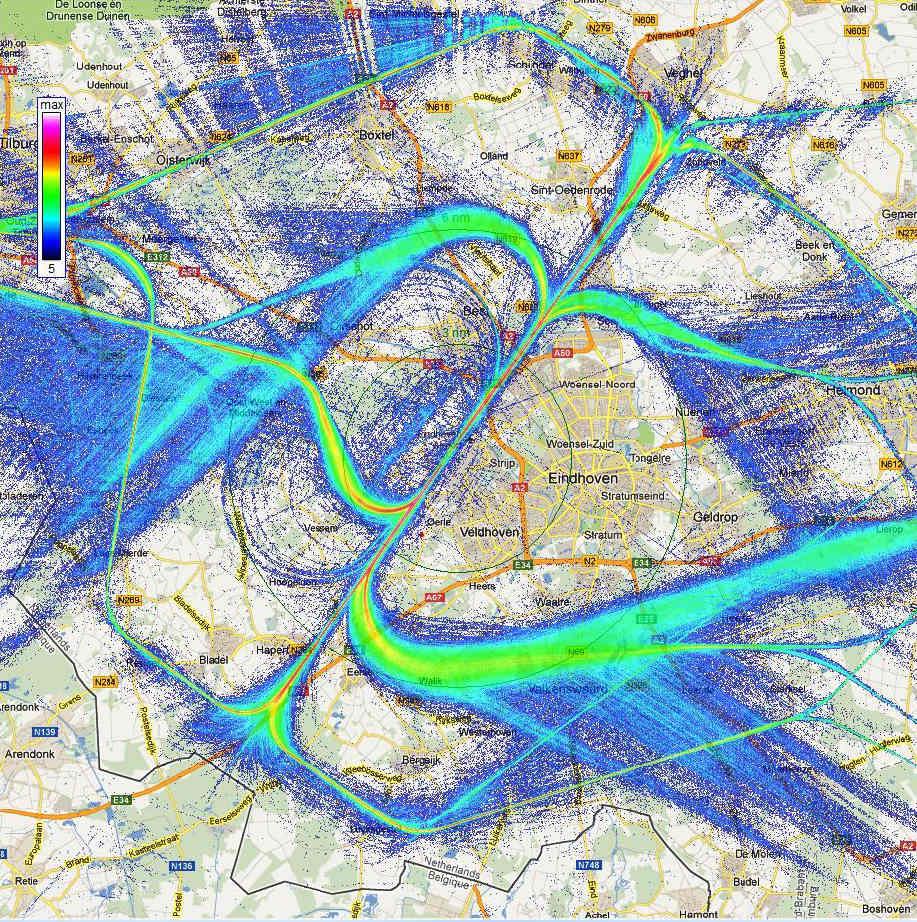 Geslaagde voorlichtingsavond in Riethoven/Walik over vliegveld