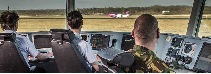 Routering en verkeersleiding op vliegbasis Eindhoven en de Masterclass