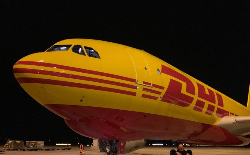 """DHL plant een """"perfecte vlucht"""" van Leipzig naar New York, maar de winst valt tegen."""